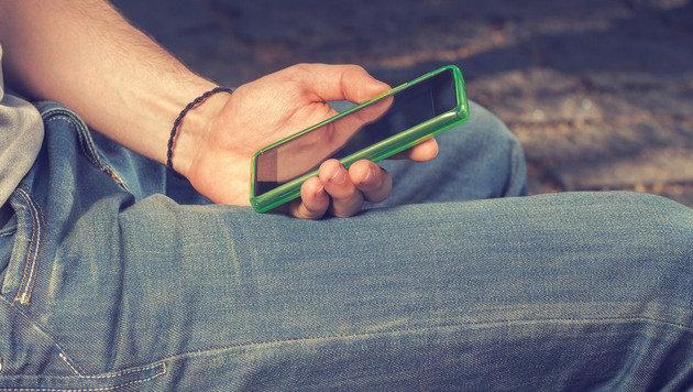 """Iso-Syndrom: So macht das Handy die Kids krank (Bild: stock.adober.com)"""