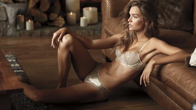 Gold liegt im Advent auch bei Dessous im Trend. (Bild: Victoria's Secret)