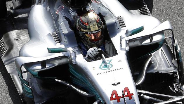 Mercedes gibt im 3. Training den Ton an (Bild: AP)