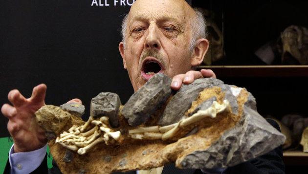 """Ron Clarke bei der Präsentation von """"Little Food"""" (Bild: Associated Press)"""