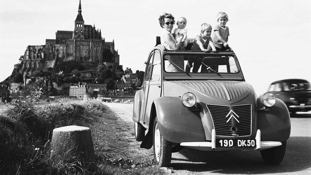 Citroen 2CV ab 1948 (Bild: Citroen/Georges Guyotz)