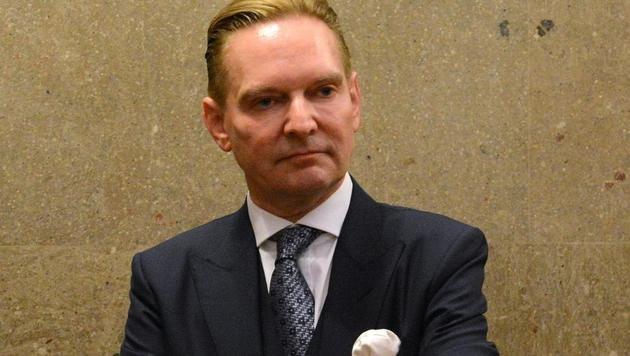 Der Angeklagte Norbert Wicki (Bild: APA/HELMUT FOHRINGER)