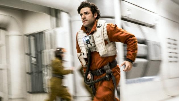 Oscar Isaac spielt den Piloten Poe Dameron (Bild: Lucasfilm)