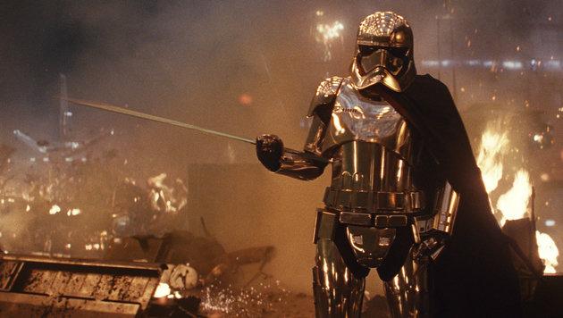 """Unter der Rüstung von Captain Phasma steckt Gwendoline Christie (""""Game of Thrones""""). (Bild: Lucasfilm)"""