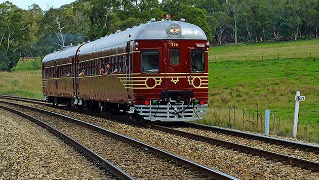 So sah der Solarzug vor dem Umbau aus, als er noch mit Diesel betrieben wurde. (Bild: http://byronbaytrain.com.au)