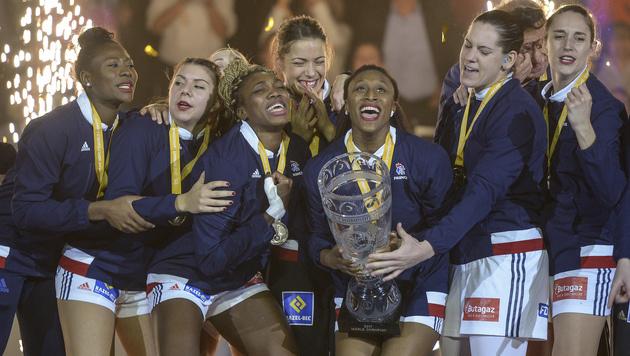 Die Weltmeisterinnen (Bild: AP)