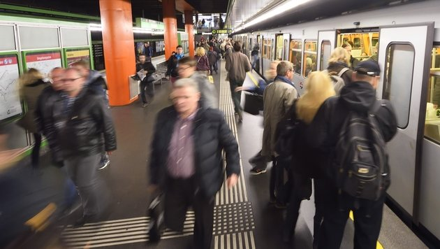 U4: Stromstörung sorgte für Chaos und Verwirrung (Bild: Wiener Linien)