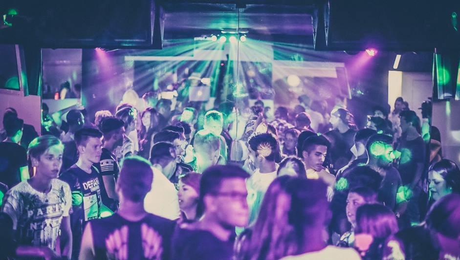 1st Club: Wir schicken dich gratis durch die Nacht  (Bild: First Club)