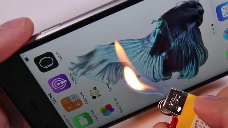 Hier brennt das neue iPhone 6s  (Bild: YouTube.com/JerryRigEverything)