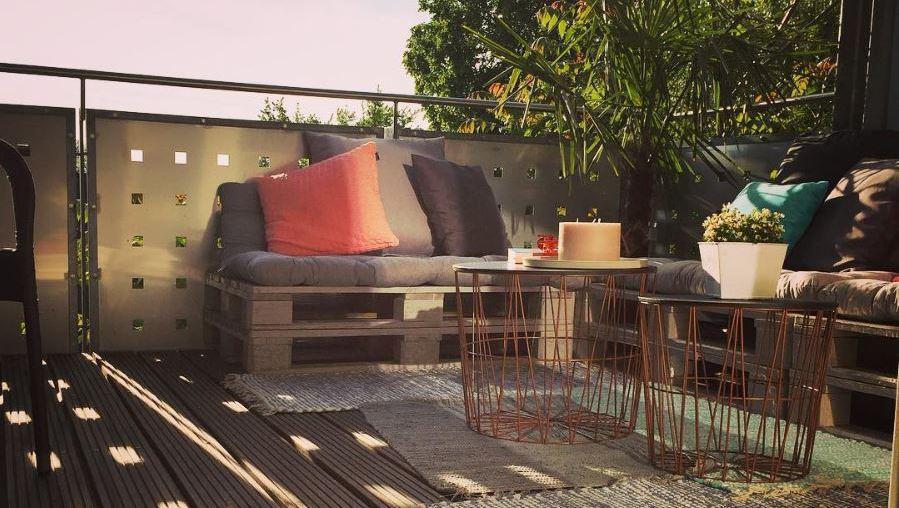 die sch nsten balkon dekos top 20 startseite. Black Bedroom Furniture Sets. Home Design Ideas