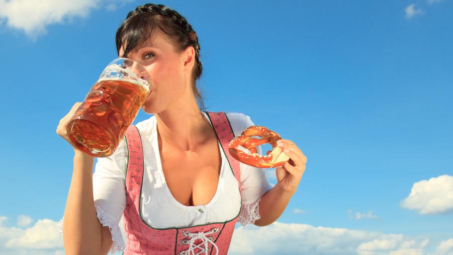 Top 10: Die besten Dirndl-Partys der City!  (Bild: Thinkstockphotos.de)