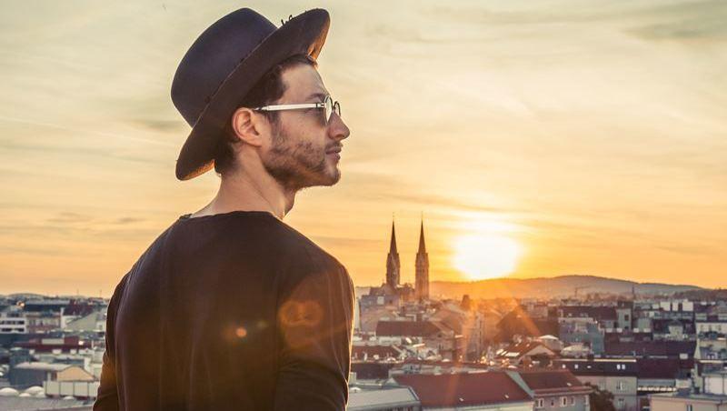 Der  Mann der (Wiener) Hüte  (Bild: Nomade Moderne)