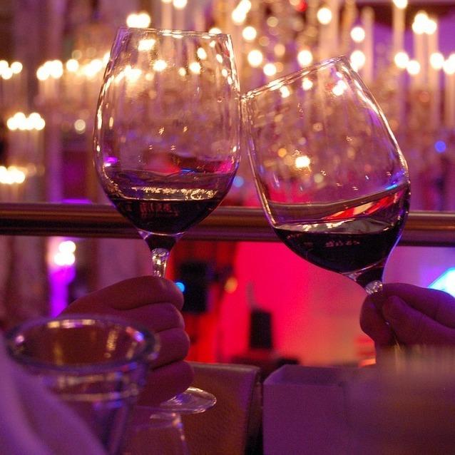 Sound im Glas - der Afterwork Club bei Wein & Co! (Bild: pixabay.com)
