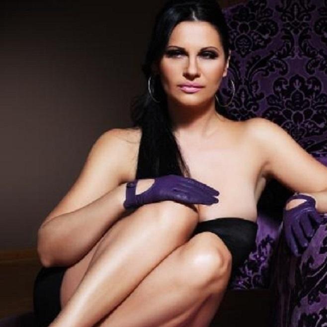 Die größten Brüste im Showbiz: Mit City4U zu JANA! (Bild: Jana)