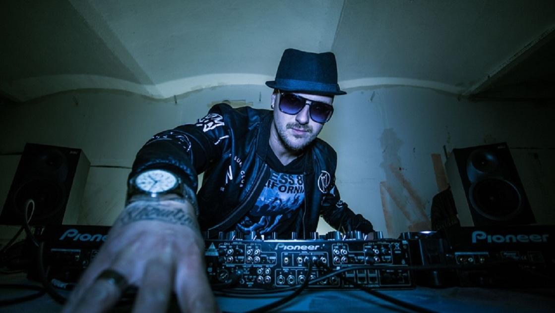 Balkan-Liebling MC Yankoo im Club Village!  (Bild: http://www.fb.com/Mishaignjatovic)