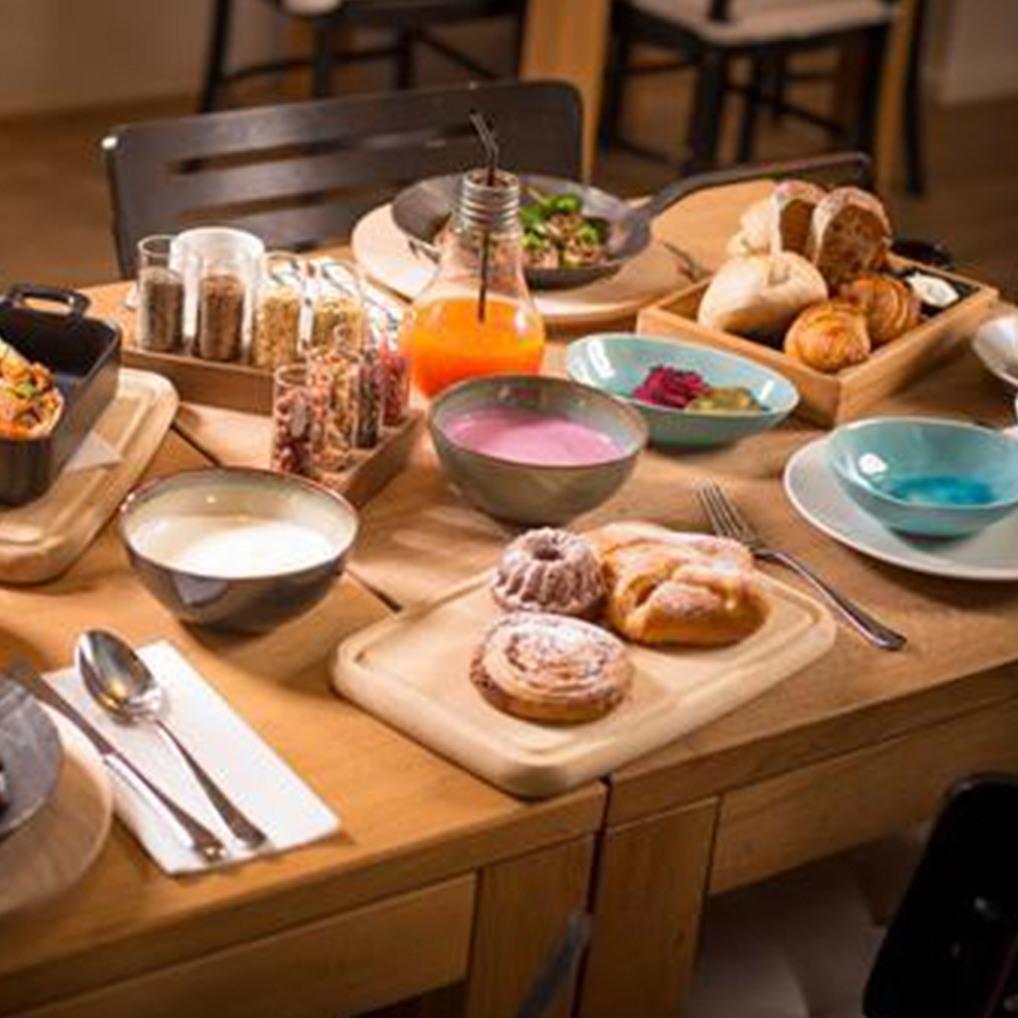 Frühstücks-Oasen der Stadt: Das TIAN-Bistro (Bild: Christian Mikes)