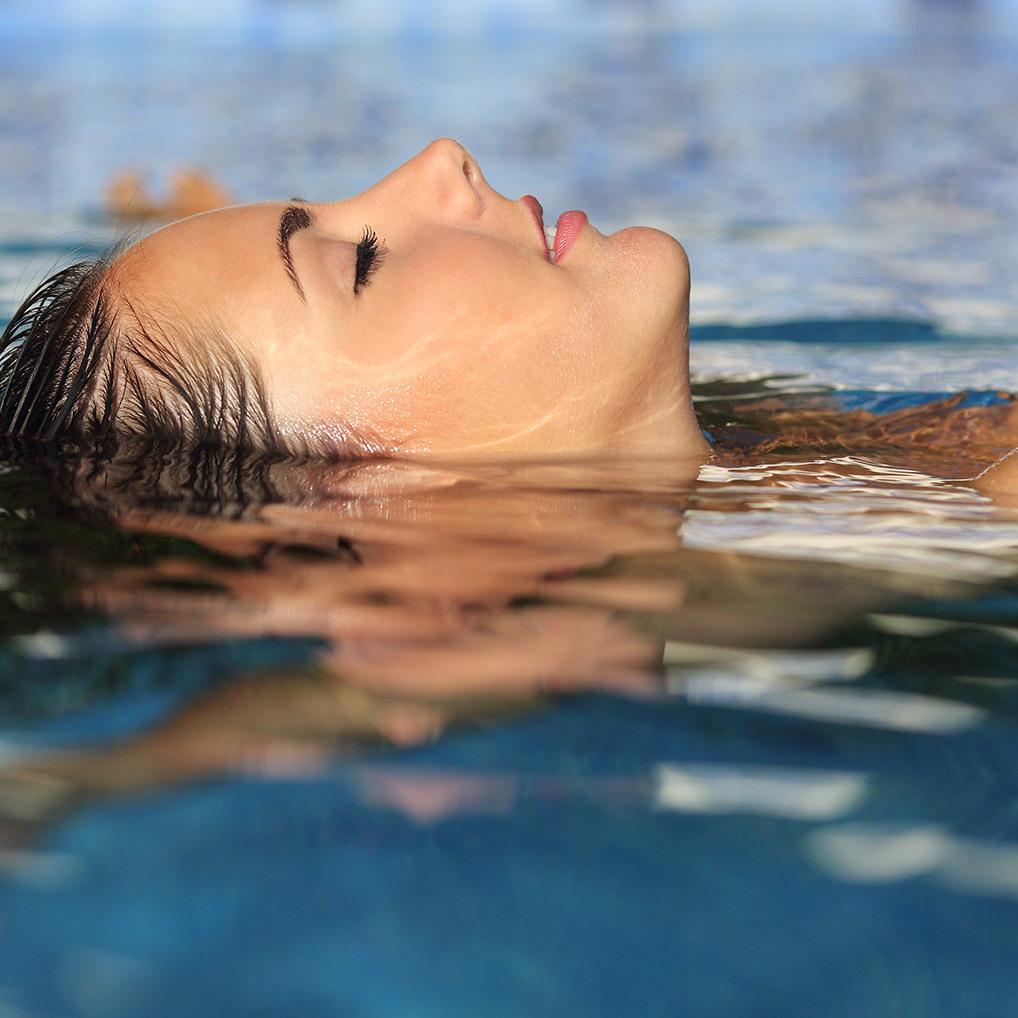 Floating: Entspannen in der Schwerelosigkeit (Bild: thinkstockphotos.de)