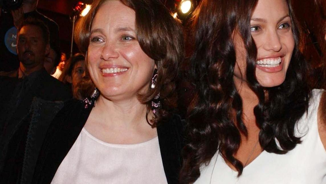 Angelina Jolies Mutter