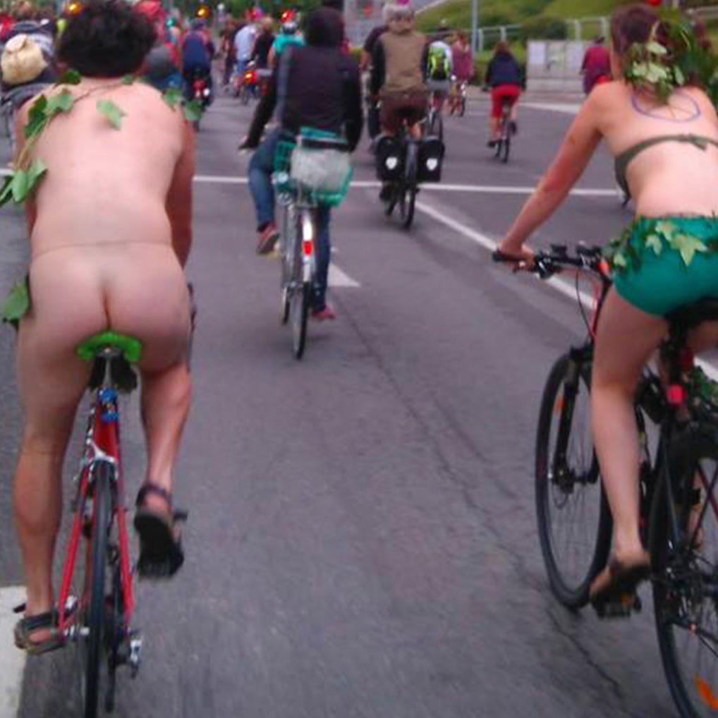 Gespaltene Meinungen um Nackt-Radfahrer in Wien (Bild: Guido Pfeiffermann)
