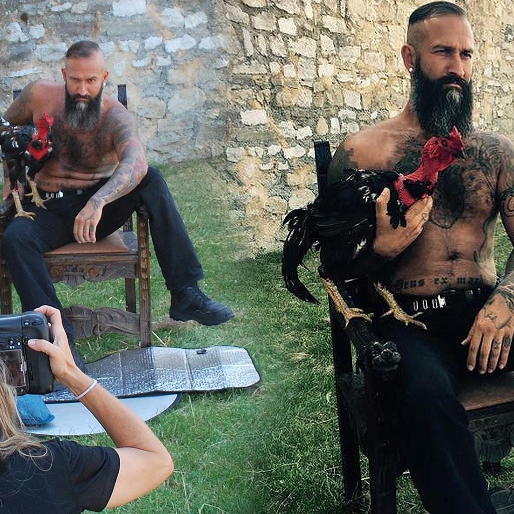 Nackte Männer und Hühner für den guten Zweck (Bild: Verein rette (d)ein Huhn -Brigitte Gradwohl)