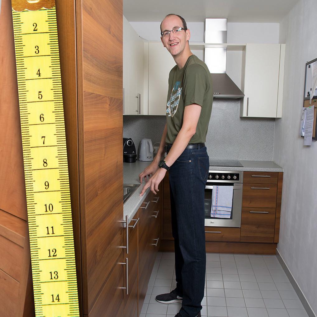 """Über zwei Meter: Wiener """"Gigant"""" und sein Alltag (Bild: Johanna Lehr (www.johannalehr.com))"""