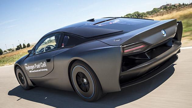 Dieser BMW i8 war das letzte Wasserstoffforschungsfahrzeug vor der Kooperation mit Toyota. (Bild: BMW)