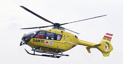 Die Verletzte musste per Rettungshubschrauber zum Krankenhaus gebracht werden (Symbolbild). (Bild: Klemens Groh)