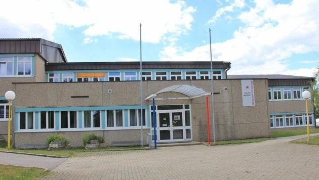 An der NMS Ohlsdorf drohte der 15-Jährige mit einem Amoklauf, viele Lehrer waren verängstigt. (Bild: Marion Hörmandinger)