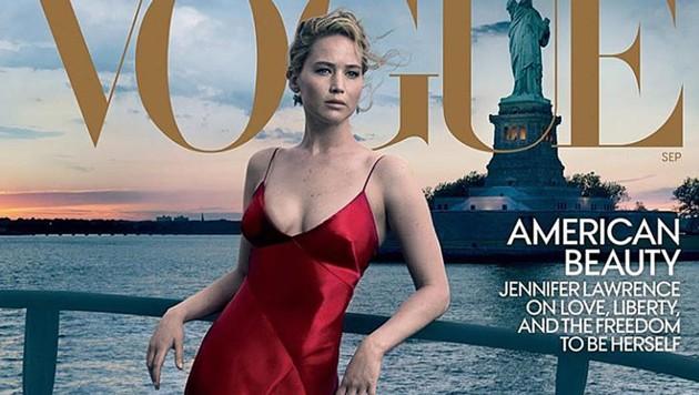 """Jennifer Lawrence ist am Cover der aktuellen """"Vogue"""" und zeigt sich im Heft hüllenlos."""