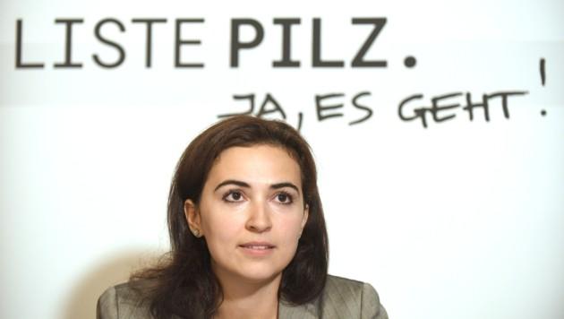Alma Zadic von der Liste Pilz (Bild: APA/ROLAND SCHLAGER)