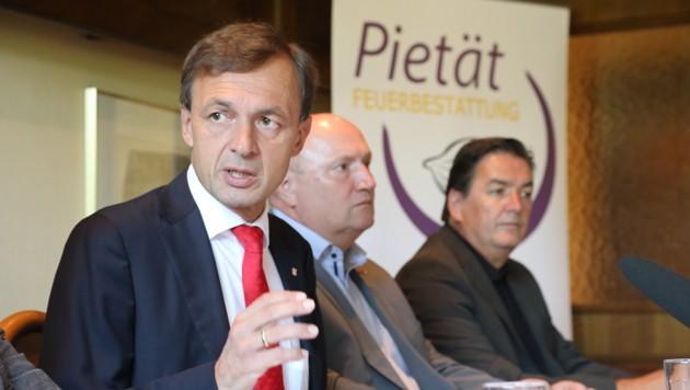 Leobens Stadtwerkedirektor Schindler bei der Präsentation der Pläne (Bild: Freisinger)