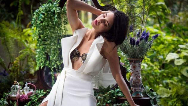 Kendall Jenner posiert für die Lingeriemarke La Perla.