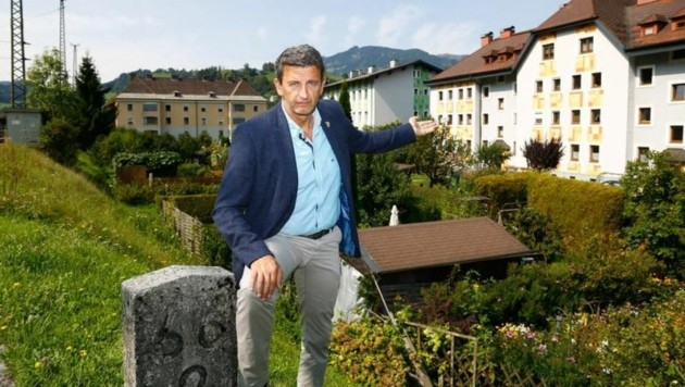 """Bürgermeister Haitzer kämpft für die Betroffenen: """"Die Häuser sind in einem guten Zustand"""" (Bild: Gerhard Schiel)"""
