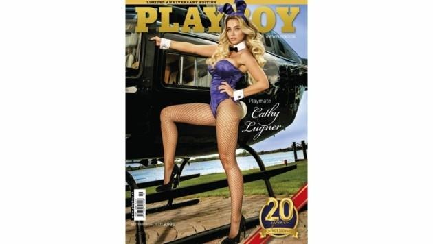 """Cathy Lugner ziert die Jubiläumsausgabe des slowakischen """"Playboy""""."""