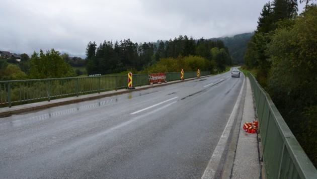Auf dieser Brücke bei Bleiburg ereignete sich der tragische Unfall (Bild: Bachhiesl)