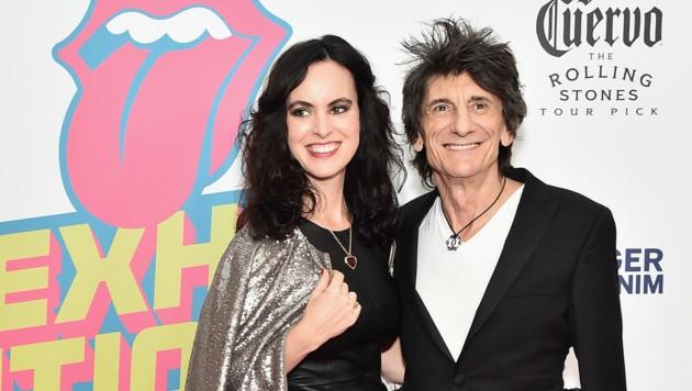 Ron Wood mit seiner Ehefrau Sally Humphreys (Bild: 2016 Getty Images)