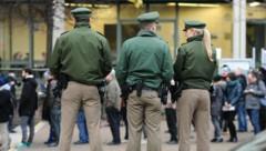 Polizisten in Bayern (Bild: APA/dpa/Andreas Gebert)