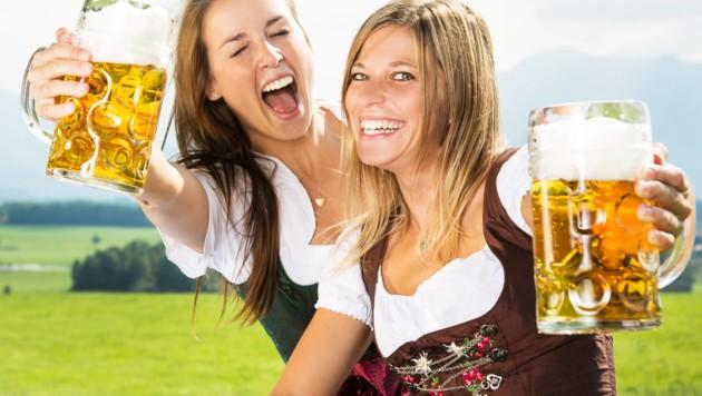 Nicht nur auf der Wiener Wiesn wird viel Bier getrunken. (Bild: stock.adobe.com)
