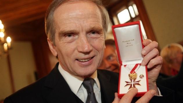 """""""Magic Christian"""" erhielt 2008 das Goldene Ehrenzeichen für Verdienste um die Republik Österreich (Bild: APA)"""