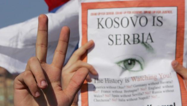 Serbischer Protest gegen die Unabhängigkeitserklärung des Kosovo im Jahr 2008 (Bild: AFP)