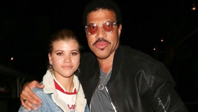 Lionel Richie und Tochter Sofia Richie im April 2017 (Bild: www.PPS.at)