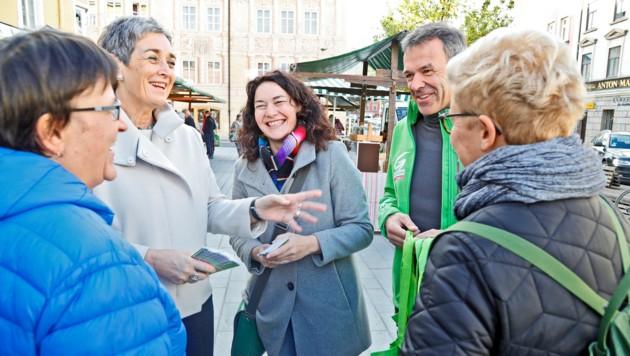 Ulrike Lunacek warb mit Ingrid Felipe und Georg Willi (v. li.) um grüne Stimmen. (Bild: Christof Birbaumer/Kronenzeitung)