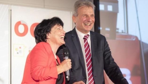 ÖGB-Landesgeschäftsführerin Heidi Hirschbichler begrüßte Ehrengast Erich Foglar. (Bild: Arne Müseler)