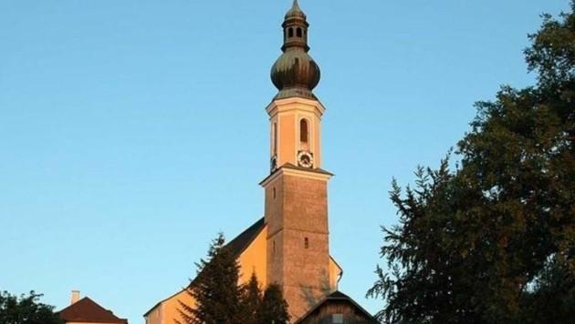 Kirchen sind nicht nur Zeichen des Glaubens sondern auch Signale in der Landschaft. (Bild: Pfarre Bergheim)