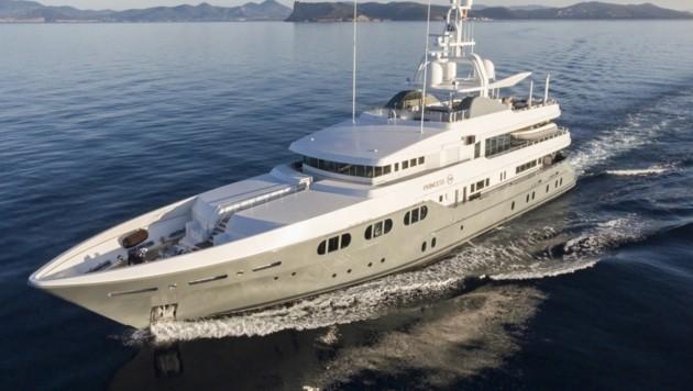 Niki Laudas Luxusjacht steht zum Verkauf. (Bild: www.edmiston.com/yacht-brokerage/yachts/princess-too)