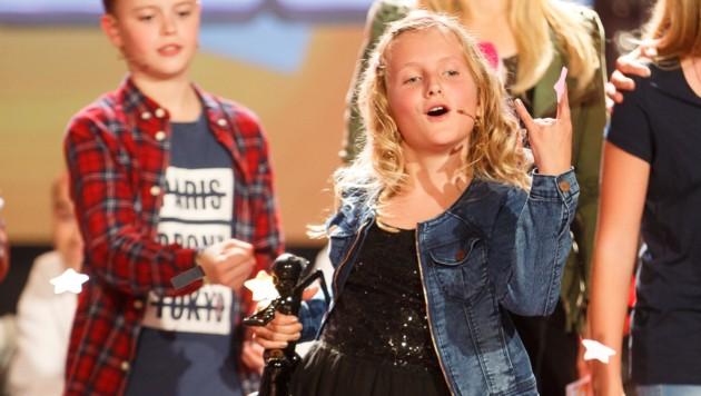 Ina Hofer (9) aus Afiesl siegte beim Kiddy Contest auf Puls4 und kann bereits wie die Stars posen. (Bild: Florian Wieser)