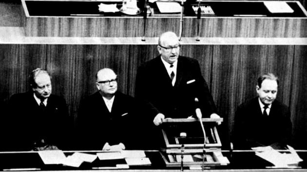 Der damalige Bundeskanzler Alfons Gorbach (ÖVP) im März 1963 (Bild: APA)