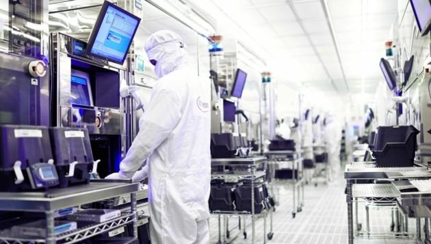 Beim Industrie-Zugpferd Infineon Austria läuft die Produktion. Kurzarbeit ist kein Thema. (Bild: Infineon)