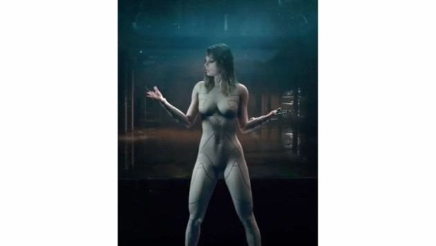 "Taylor Swift in ihrem Video ""Ready for It?"" (Bild: www.PPS.at)"
