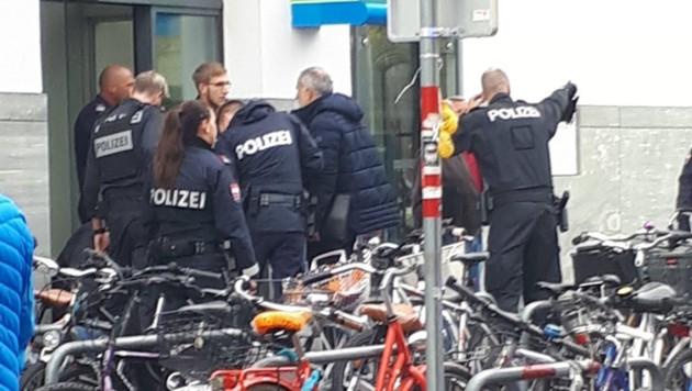 Ein Täter konnte gefasst werden. (Bild: Liebl Daniel/zeitungsfoto.at)